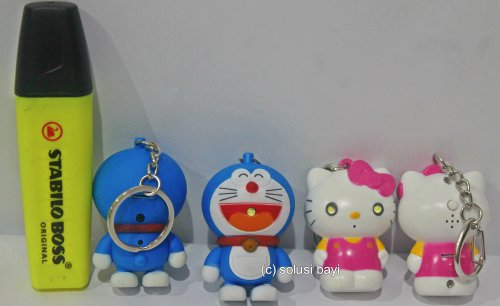 gantungan kunci lampu senter suara i love you hello kitty doraemon